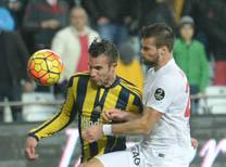 Spor yazarları Fenerbahçe'nin 4-2 yenildiği Antalyaspor karşılaşmasını yorumladı...