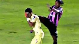 Ronaldinho Kung Fu yaptı