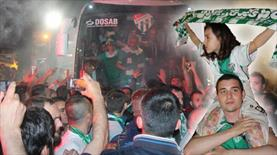 Bursaspor'a coşkulu karşılama!