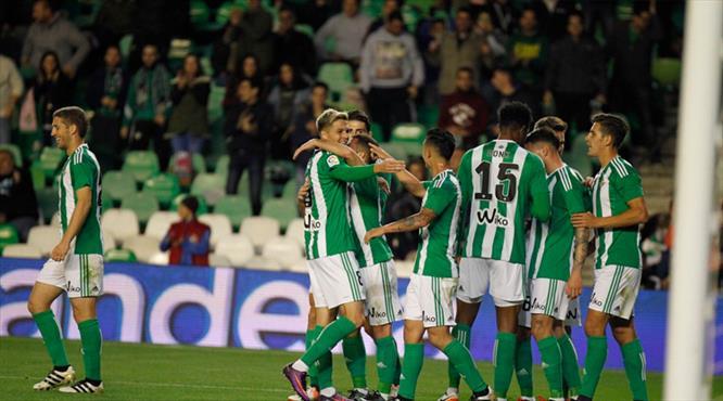 Emre oynamadı Deportivo yıkıldı! (ÖZET)
