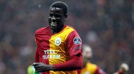 Galatasaray'ın eski yıldızı Emmanuel Eboue Sunderland'de
