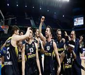 Muhteşem zafer! Fenerbahçe yine tarih yazdı! (ÖZET)