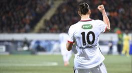 Zlatan Ibrahimovic gururla sunar!..
