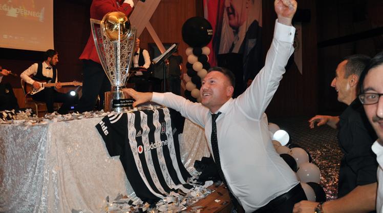 Zonguldak'ta Beşiktaş'ın şampiyonluğu kutlandı