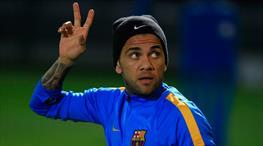 Dani Alves Juventus'a imzayı atıyor