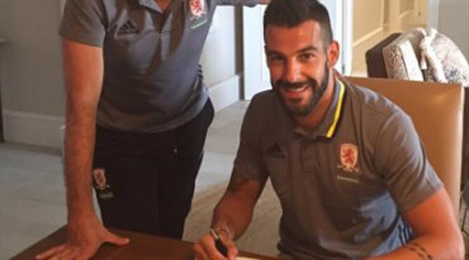 Negredo Middlesbrough'ya transfer oldu