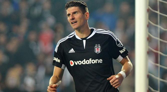 Beşiktaş'tan ayrılan Mario Gomez Wolfsburg ile anlaştı